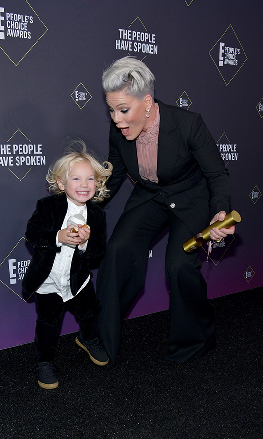 <h2>Pink and her son Jameson</h2>