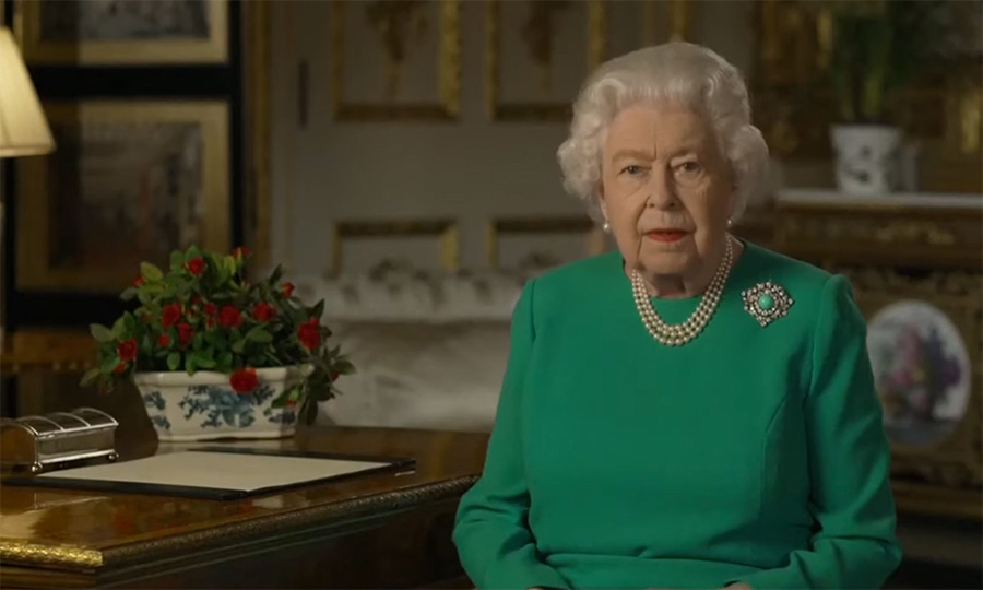 "<a href=/tags/0/queen-elizabeth-ii><strong>The Queen</strong></a> addressed the United Kingdom and Commonwealth in a historic speech related to the impact of <strong><a href=""https://ca.hellomagazine.com/tags/0/covid-19"">COVID-19</a></strong> on April 5. For the TV broadcast, Her Majesty wore a long-sleeved green dress with her signature three-strand pearls and pearl earrings.