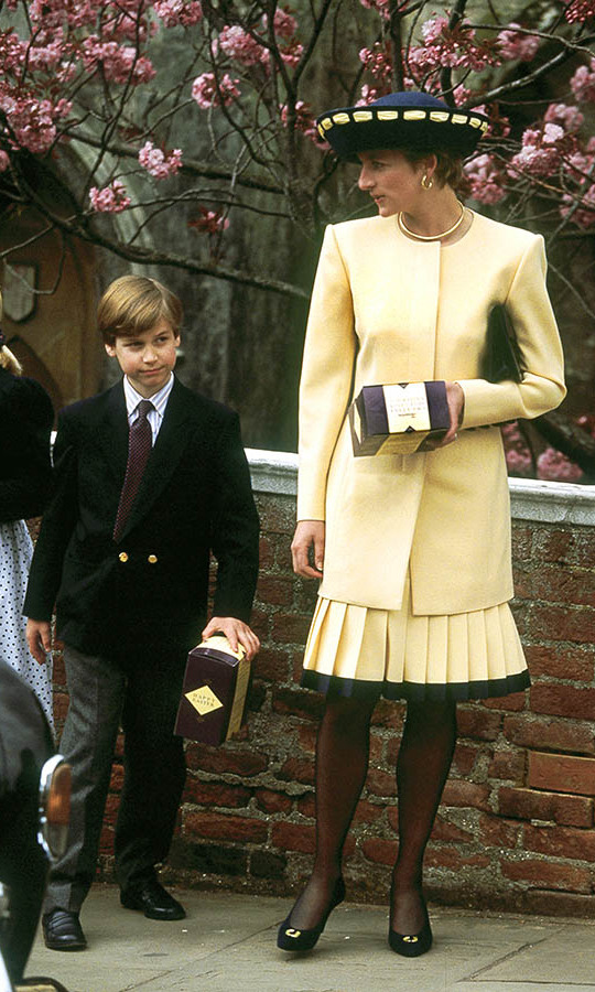 <h2>1992</h2>