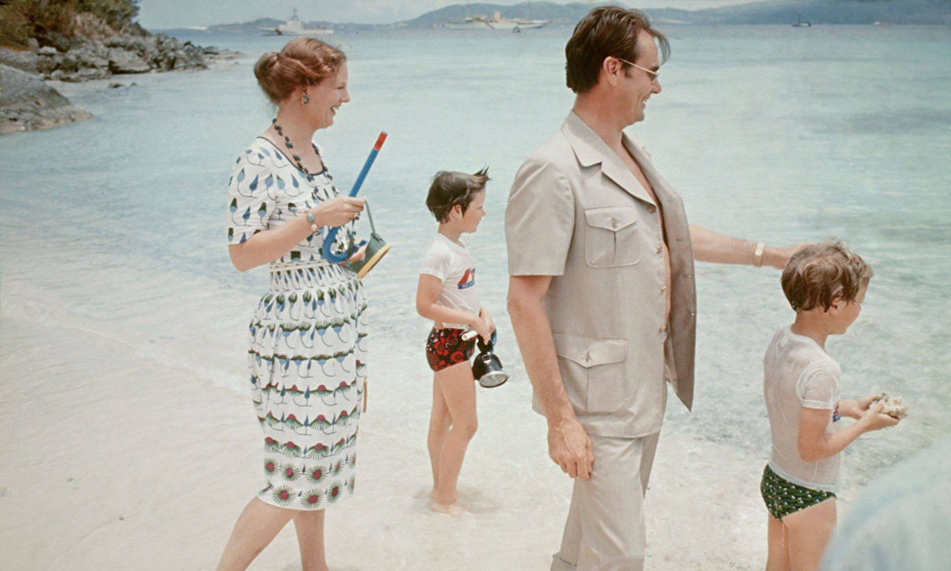 <h2>1976</h2>