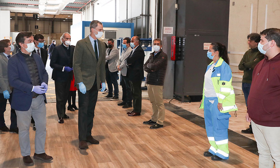 <a href=/tags/0/king-felipe><strong>King Felipe</strong></a> of Spain visited an emergency hospital in Madrid on March 26 where he met with front line health workers, took a tour and gave a speech. 