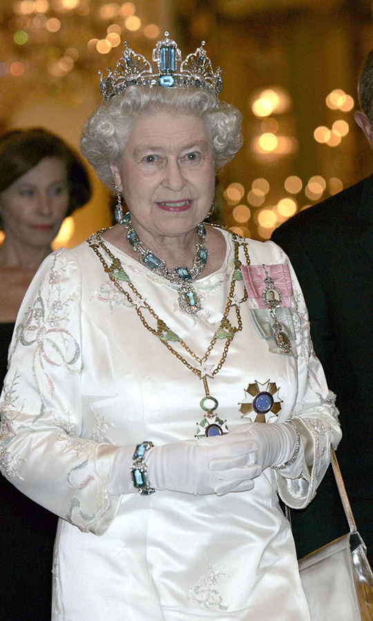 The British royal wowed in another colourful tiara when she met with then-Brazilian President <strong>Luiz Inacio Lula da Silva</strong> ahead of a state banquet at Buckingham Palace in 2006.