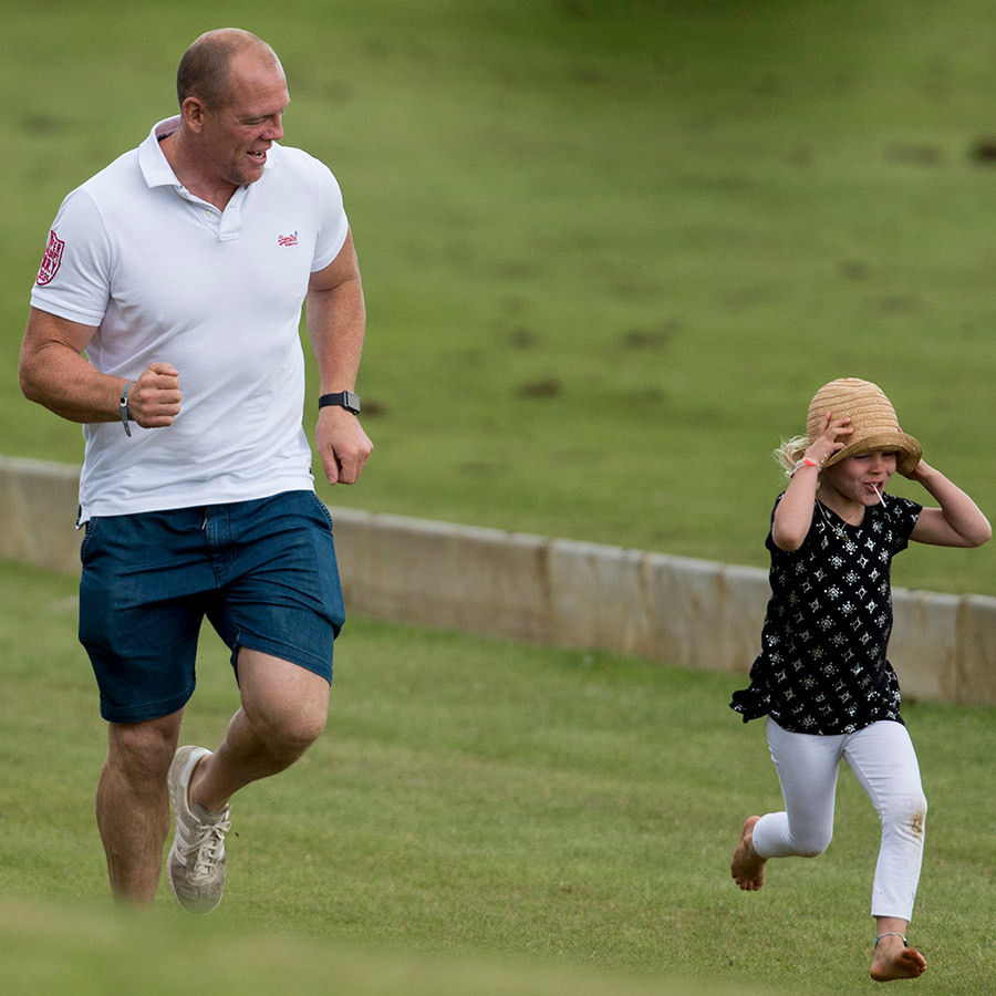 <h2>Isla Phillips</h2>