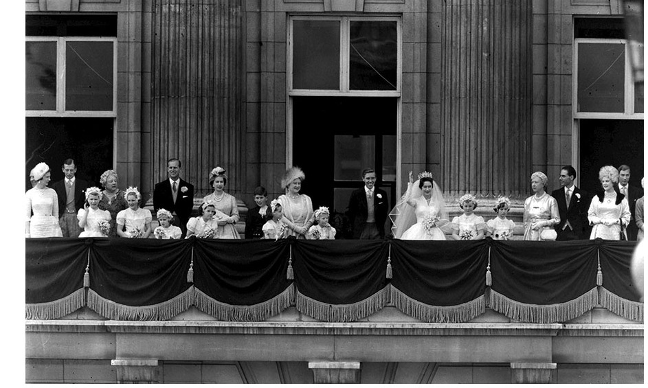 In keeping with tradition, the newly married couple took to the balcony at Buckingham Palace, along with many members of the Royal Family and their bridal party.