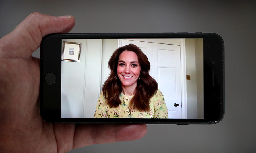 <a href=/tags/0/kate-middleton><strong>Duchess Kate</strong></a> wore a <strong>Raey</strong> yellow tree-print dress for a surprise appearance on <em>This Morning</em> on May 7 to launch Hold Still, a <a href=/tags/0/coronavirus><strong>coronavirus</strong></a> pandemic photography portrait project.