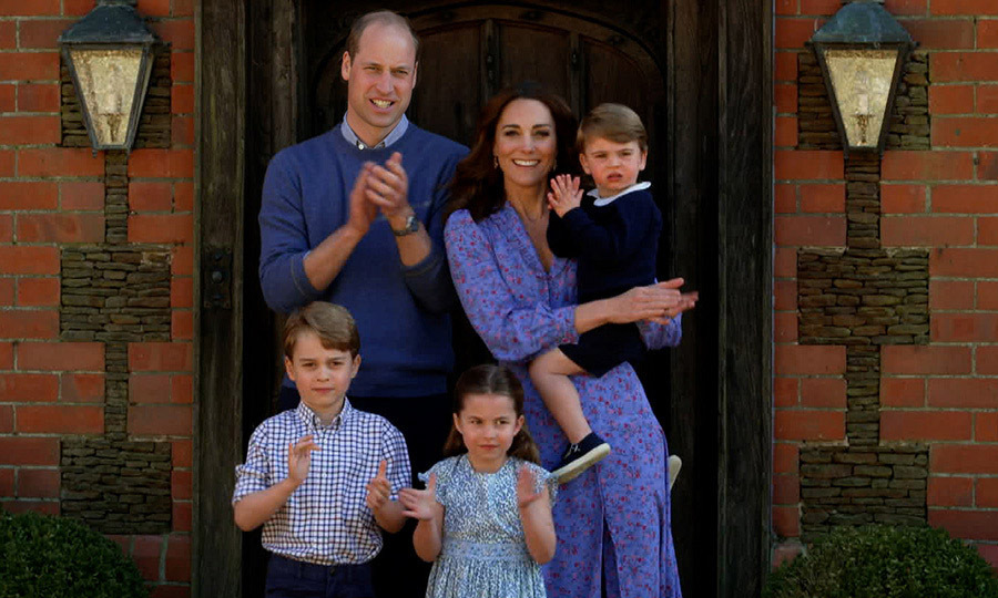"The entire <a href=""https://ca.hellomagazine.com/tags/0/cambridge-family""><strong>Cambridge family</strong></a>, including <a href=/tags/0/kate-middleton><strong>Duchess Kate</strong></a>, <a href=""https://ca.hellomagazine.com/tags/0/prince-william""><strong>Prince William</strong></a>, <strong><a href=""https://ca.hellomagazine.com/tags/0/prince-george"">Prince George</a></strong>, <strong><a href=""https://ca.hellomagazine.com/tags/0/princess-charlotte"">Princess Charlotte</a></strong> and <a href=""https://ca.hellomagazine.com/tags/0/prince-louis""><strong>Prince Louis</strong></a>, clapped for carers on April 23 as part of <strong><a href=""https://ca.hellomagazine.com/royalty/02020042356129/prince-william-kate-middleton-prince-george-princess-charlotte-prince-louis-clapping/"">the BBC Children In Need and Comic Relief's <em>Big Night In</em> special</a></strong> to raise funds for fighting <a href=""https://ca.hellomagazine.com/tags/0/covid-19""><strong>COVID-19</strong></a>.