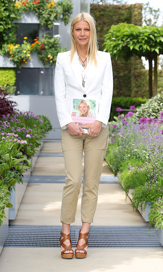 <h2>Gwyneth Paltrow, 2011</h2>