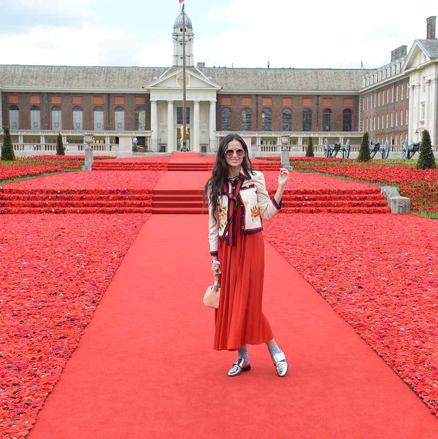 <h2>Demi Moore, 2016</h2>