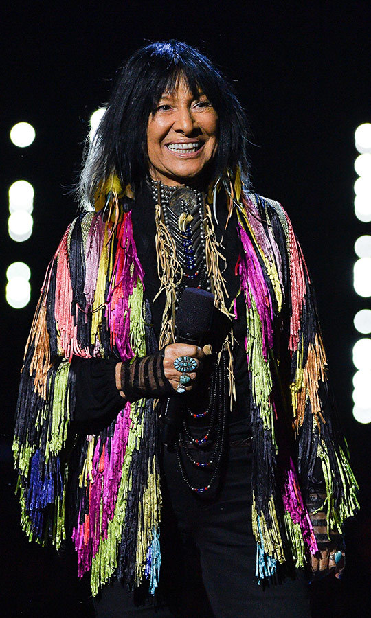 <h2>Buffy Sainte-Marie</h2>