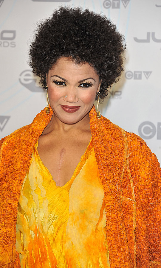 <h2>Measha Brueggergosman</h2>
