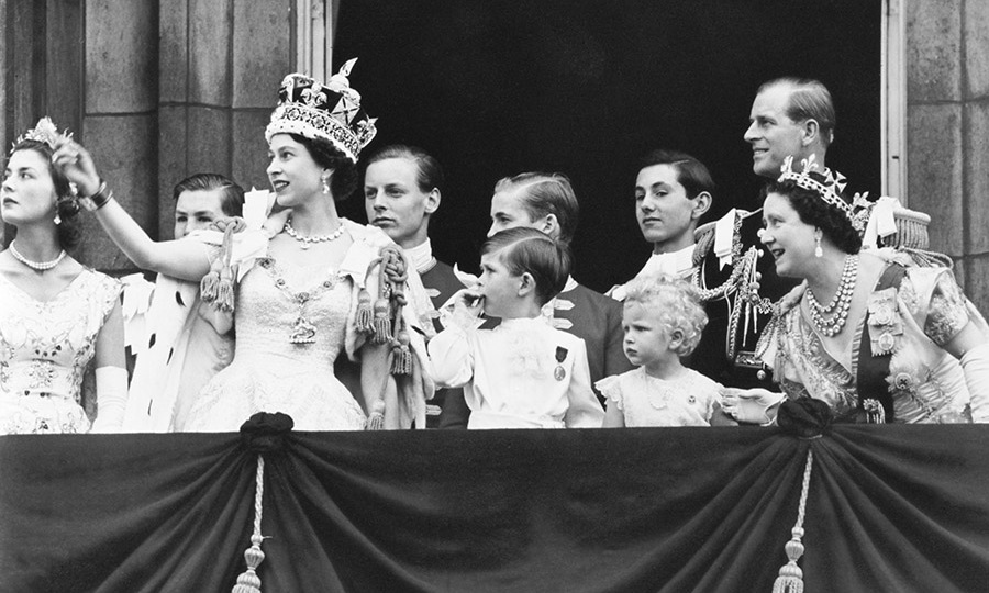 <h2>1952-1953</h2>