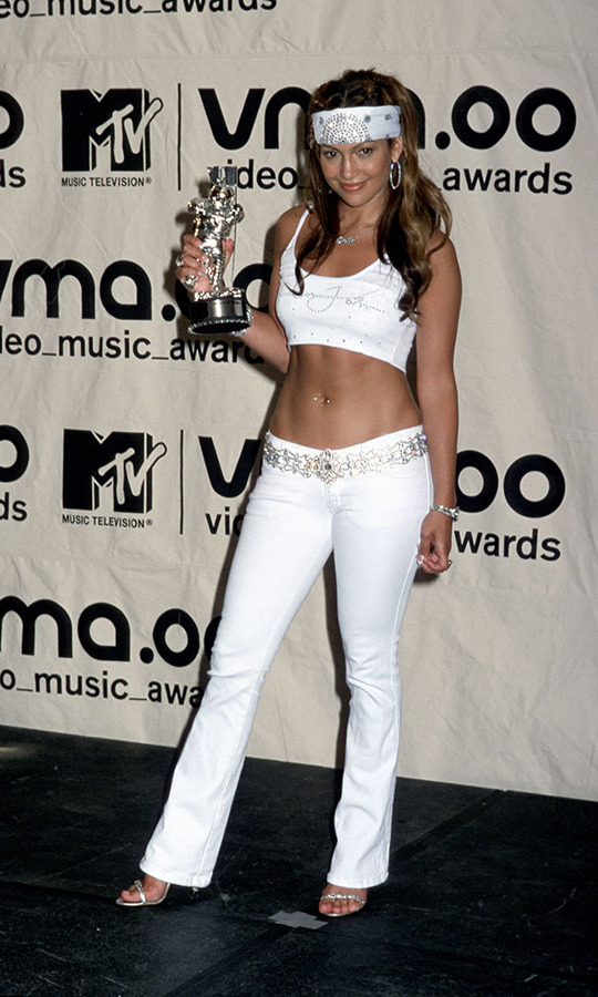 <h2>Jennifer Lopez</h2>