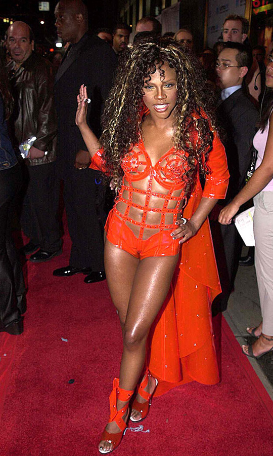 <h2>Lil Kim</h2>