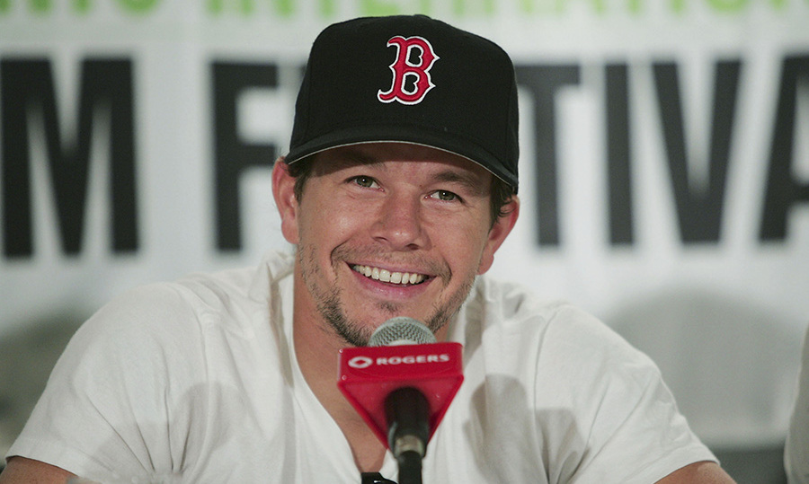 <h2>Mark Wahlberg, 2004</h2>