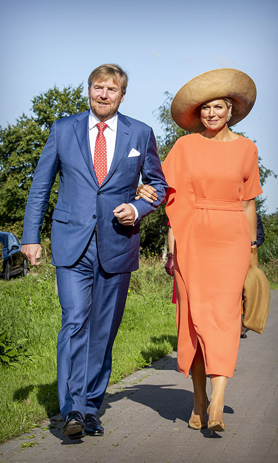 <a href=/tags/0/king-willem-alexander><strong>King Willem-Alexander</strong></a> and <a href=/tags/0/queen-maxima><strong>Queen Máxima</strong></a> enjoyed the sunny weather at the ECOstyle, Biosintrum and EcoMinutypark in Friesland on Sept. 17.