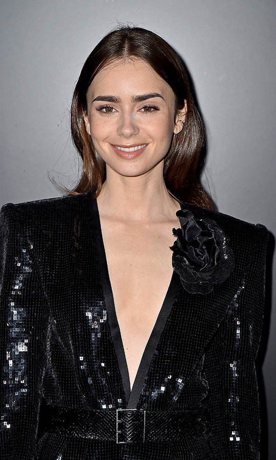 <h2>Lily Collins</h2>