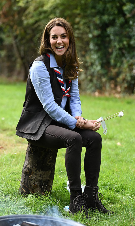 "On Sept. 29, <strong><a href=""https://ca.hellomagazine.com/tags/0/kate-middleton"">Duchess Kate</a></strong> wore a stylish outdoor look to enjoy time outside with the Scouts in London.