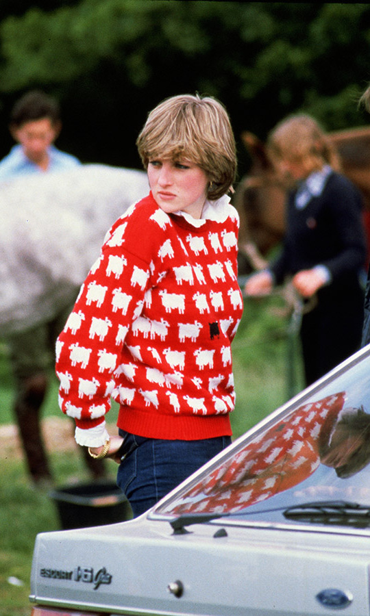 <h2>Princess Diana at polo, 1980</h2>