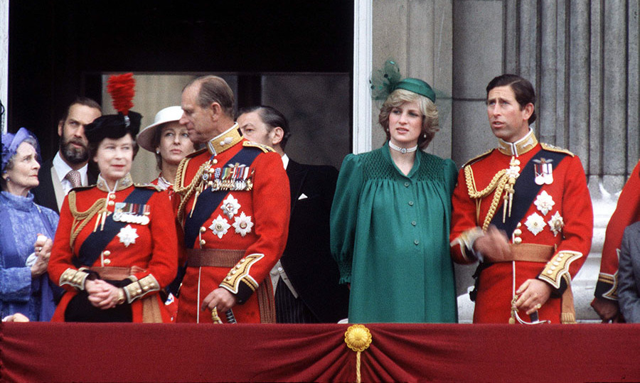 <h2>Diana pregnant at Trooping The Colour, 1982</h2>