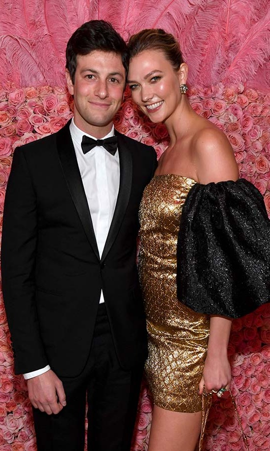 <h2>Karlie Kloss and Joshua Kushner</h2> 