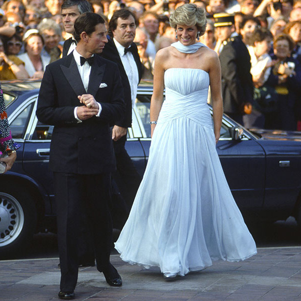 <h2>Pale blue gown and scarf, 1987</h2>