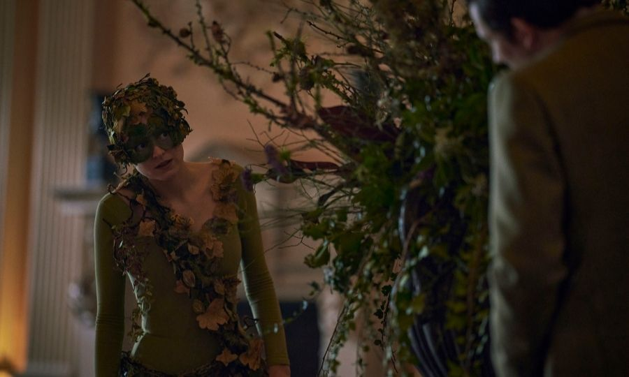 <h2>How did Charles and Diana meet?</h2>