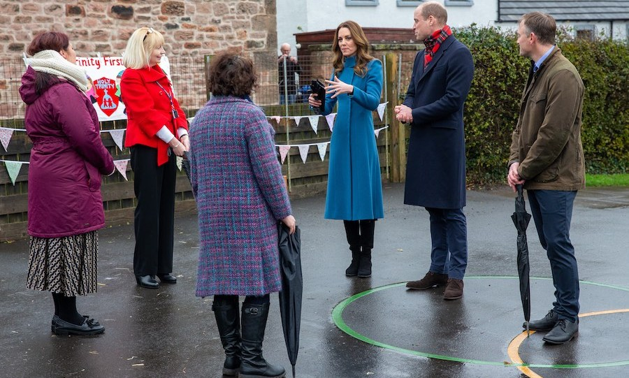 Kate and William then travelled to Berwick-upon-Tweed, England, where they visited Holy Trinity Church of England First School. They spent some time chatting with teachers and staff before meeting some children. 