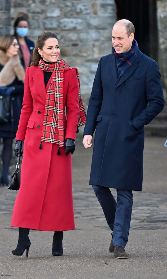The Cambridges kicked off the second day of engagements on their royal train tour with a visit to Cardiff Castle in Wales. 