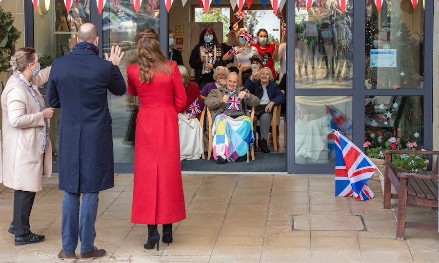 William and Kate stepped out to the Cleve Court Care Home in Bath to visit with residents and staff and thank them for their hard work during the coronavirus pandemic. 