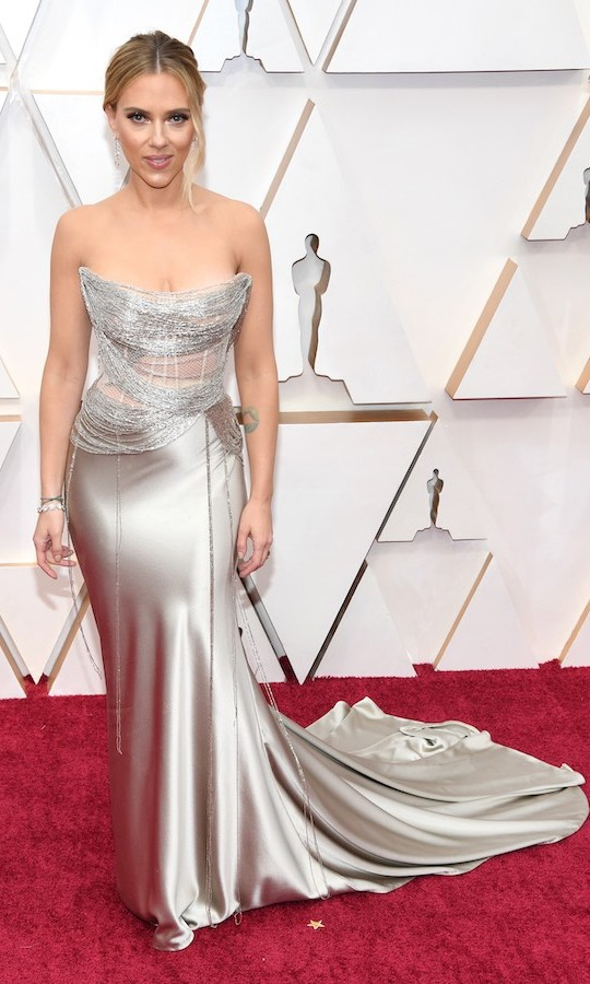 <h2>Scarlett Johansson</h2>