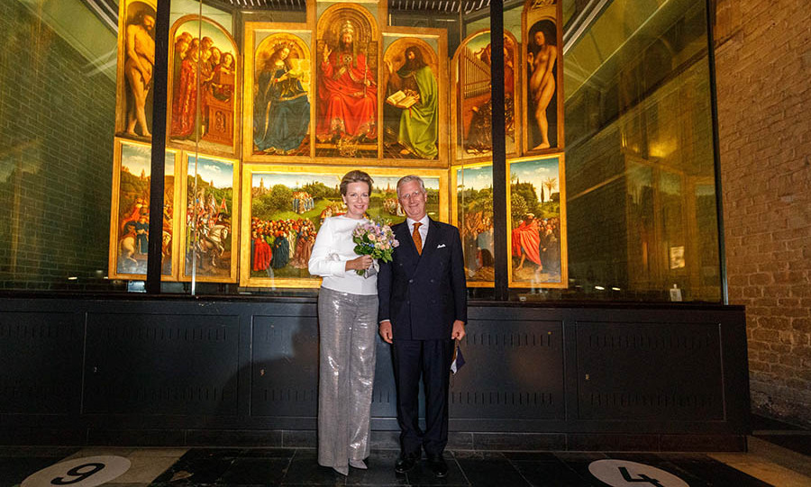 "Dazzling! Queen Mathilde and <a href=/tags/0/king-philippe><strong>King Philippe</strong></a> posed in front of the Ghent Altarpiece by <strong>Hubert</strong> and <strong>Jan van Eyck</strong> after the concert ""Für Jan van Eyck"" in the Saint Bavo Cathedral on Sept. 22 in Ghent.
