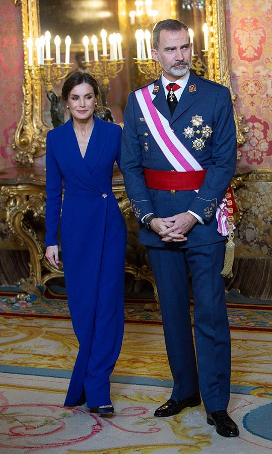 On Jan. 6, <a href=/tags/0/queen-letizia><strong>Queen Letizia</strong></a> and <a href=/tags/0/king-felipe><strong>King Felipe</a></strong> of Spain attended the New Year military parade celebration at the Royal Palace on Jan. 6 in Madrid. 