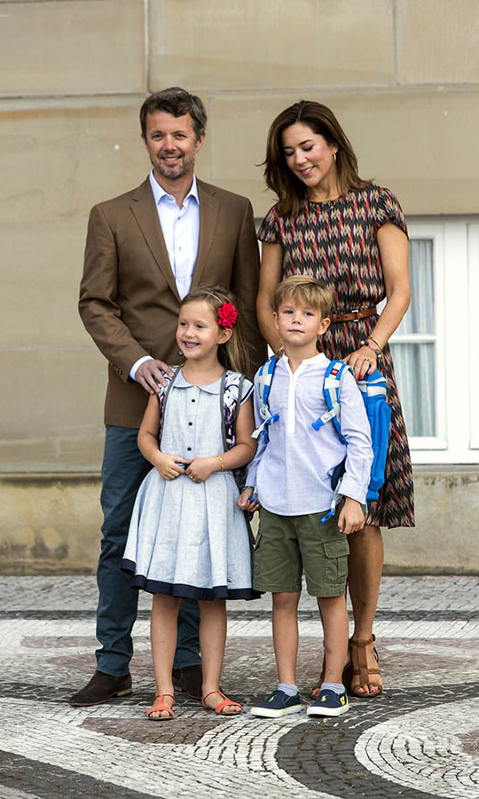 Proud parents Frederik and Mary accompanied the royal twins on their first day at school on Aug. 15, 2017.