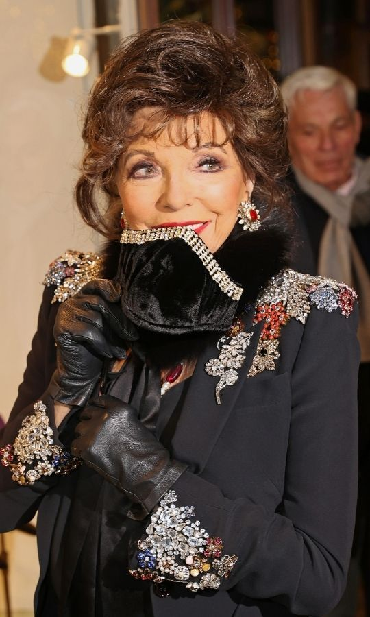 <h2>Dame Joan Collins</h2>
