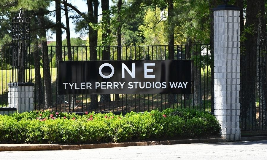 When the coronavirus pandemic forced studios to close in 2020, Tyler said his Tyler Perry Studios would stay open in a limited capacity. He opened temporary housing on the lot for crew members and staff. Photo: © Paras Griffin/Getty Images