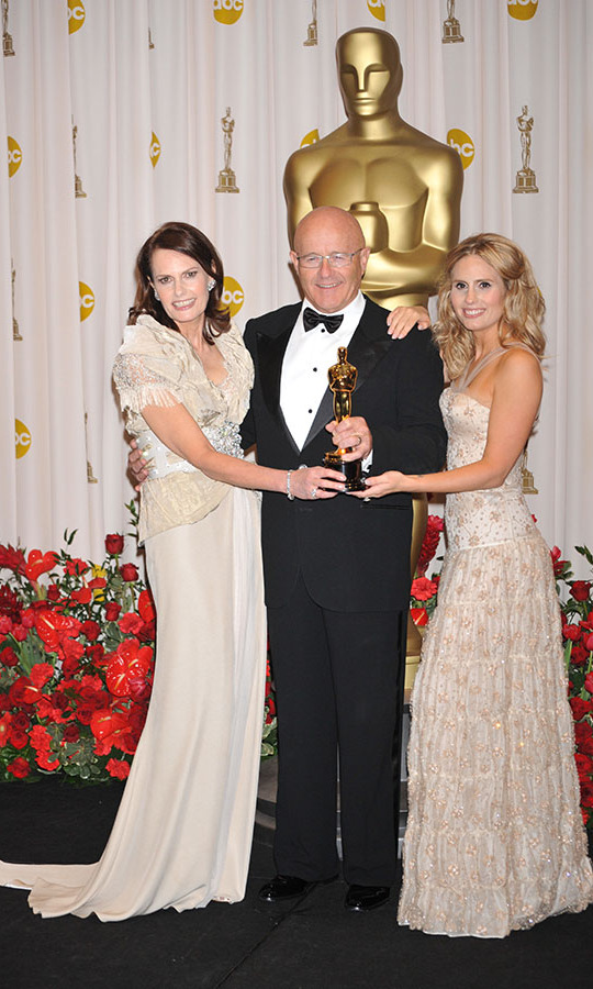 <h2>Posthumous Oscar Win, 2009</h2>