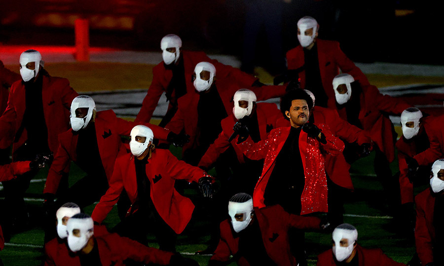 "Everyone busted a move in a scene that will likely remind many of the music video for ""Thriller."" 