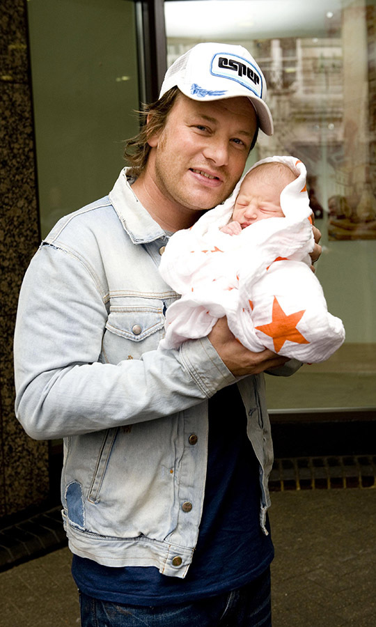 <h2>Jools and Jamie Oliver</h2>
