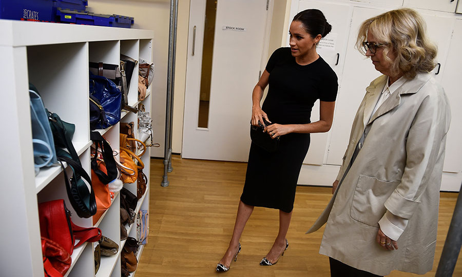 <h2>Smart Works</h2>