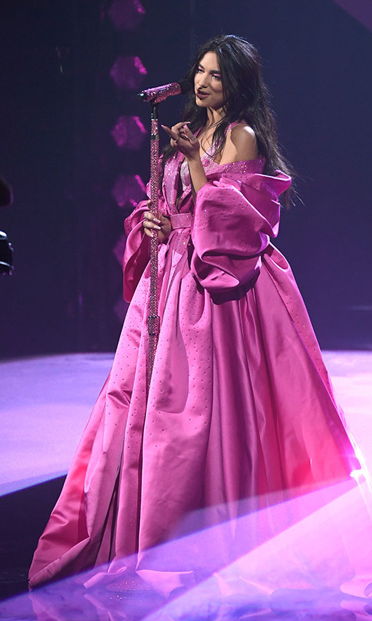 All eyes were on <a href=/tags/0/dua-lipa><strong>Dua Lipa</strong></a> when she graced the stage in this voluminous pink gown.