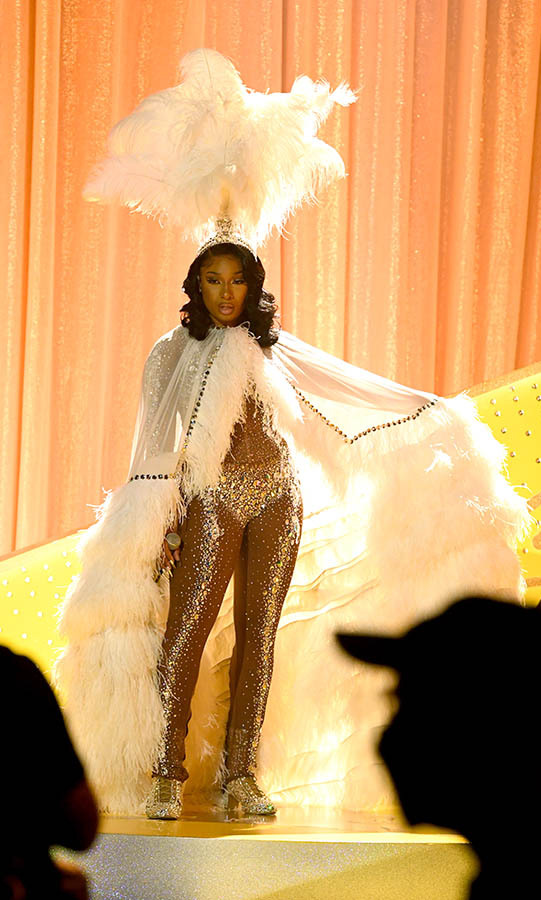 Now this is an entrance look! <a href=/tags/0/megan-thee-stallion><strong>Megan Thee Stallion</strong></a> channelled her inner showgirl.
