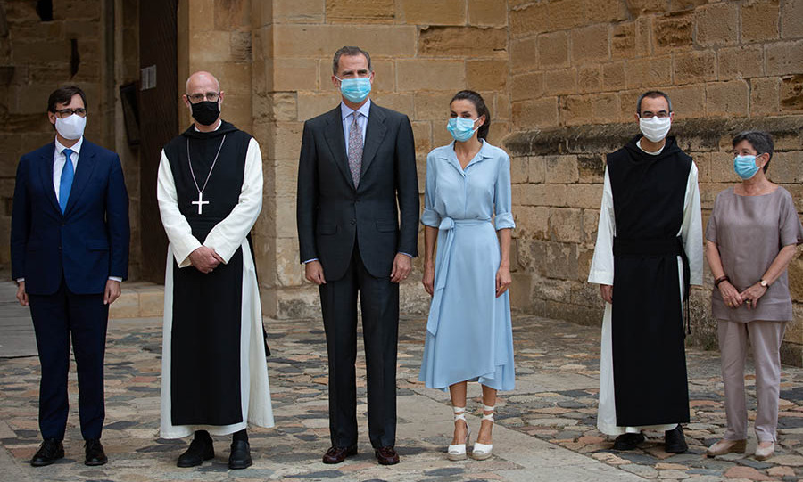 Queen Letizia charmed in a baby blue dress and cream espadrilles when she joined <a href=/tags/0/king-felipe-vi><strong>King Felipe VI</strong></a> for a visit to the Monastery of Santa Maria de Poblet in Vimbodí i Poblet, Tarragona in June 2020.