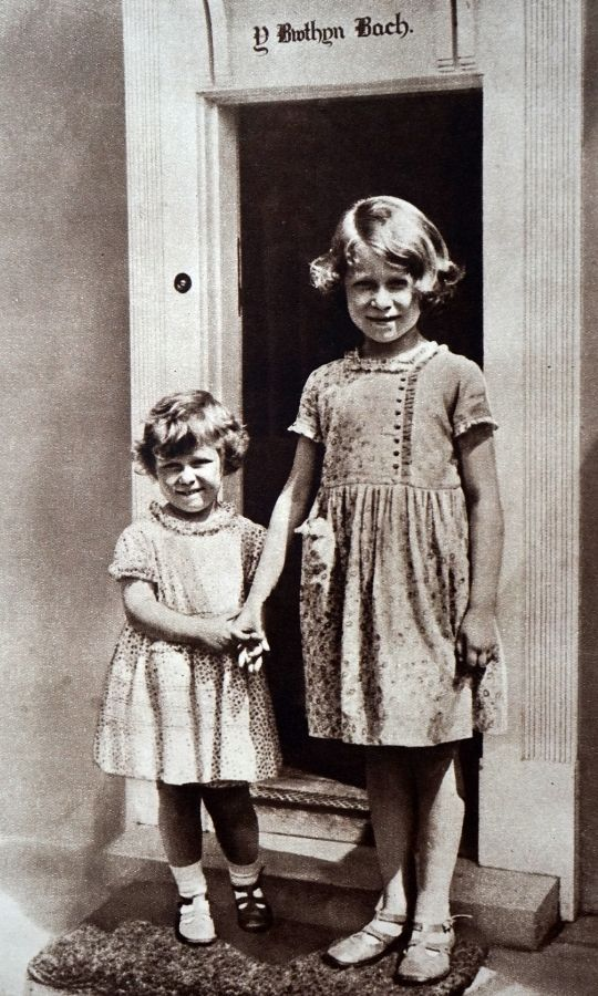 <h2>1932</h2>