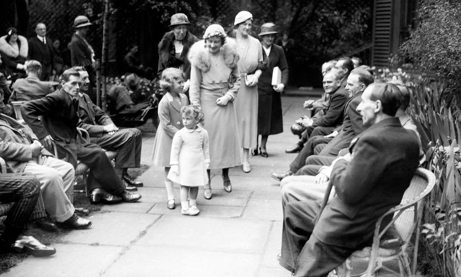 <h2>1933</h2>