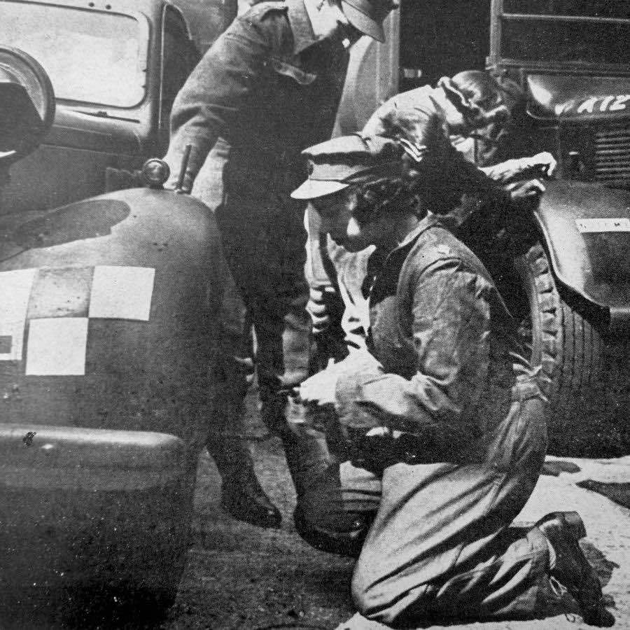 <h2>1944</h2>