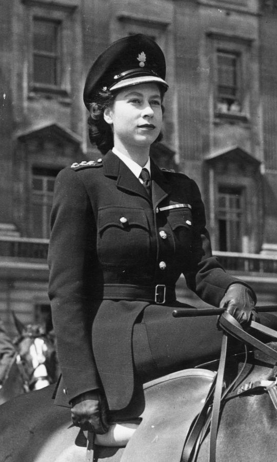<h2>1947</h2>
