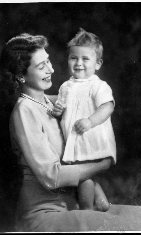 <h2>1949</h2>