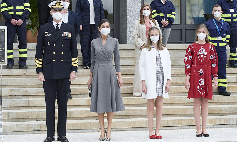 (L-R) <a href=/tags/0/king-felipe-vi><strong>King Felipe VI</strong></a>, <a href=/tags/0/queen-letizia><strong>Queen Letizia</strong></a> , <a href=/tags/0/princess-leonor><strong>Princess Leonor</strong></a> and <a href=/tags/0/princess-sofia><strong>Princess Sofia</strong></a> all looked so sharp and stylish at the launching ceremony of the new submarine <em>Isaac Peral</em> at Navantia Shipyard in Cartagena on April 22. 