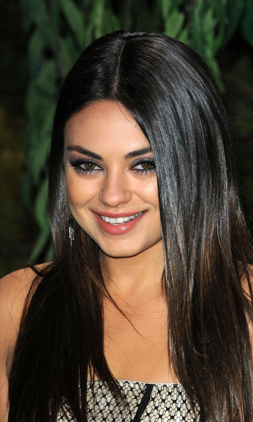"love is wonderful and it's all around us"" Mila Kunis © Getty Images"