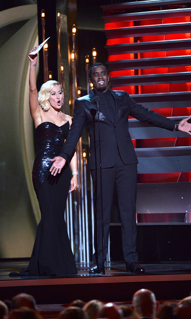 Kellie Pickler is surprisingly joined by closeted country music fan Sean Diddy Combs.